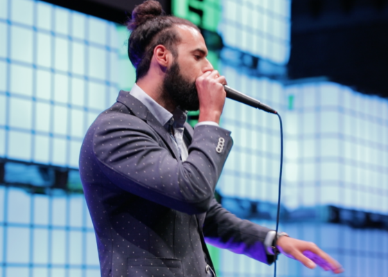 Beatboxer Kariem opent Dutch Interactive Awards 2018!